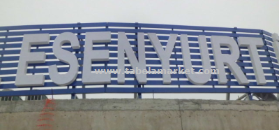 Çatı reklam tabelası