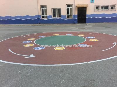 Okul bahçesi oyun boyamaları