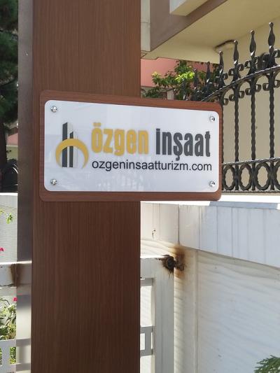 pleksi Ofis girişi tabela örneği